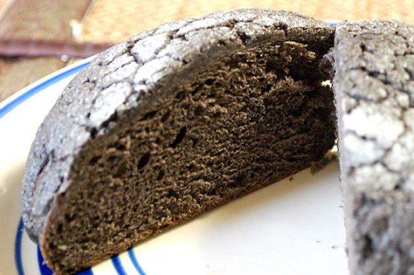black-meron-bread-2